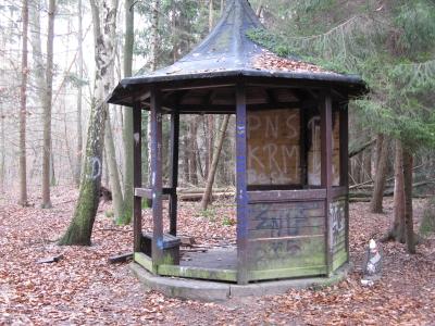 Bild 1. Braredbernsche, BraaretBernsche. Breidert, Rödermark. Breidert Born