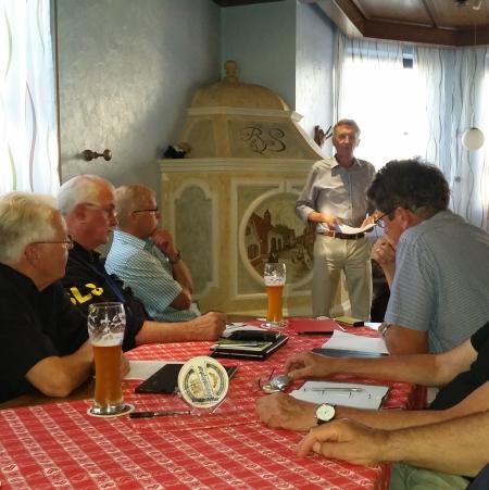 Bürgermeisterkandidat Karl Schäfer (AL/Die Grünen) zu Gast bei den FWR