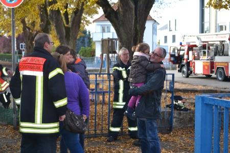 Jörg Rotter mit Familie bei der Feuerwehrübung