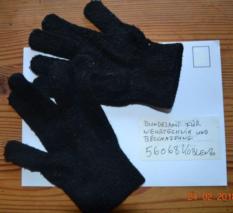 Handschuhe. Meine Spende an die Bundeswehr.