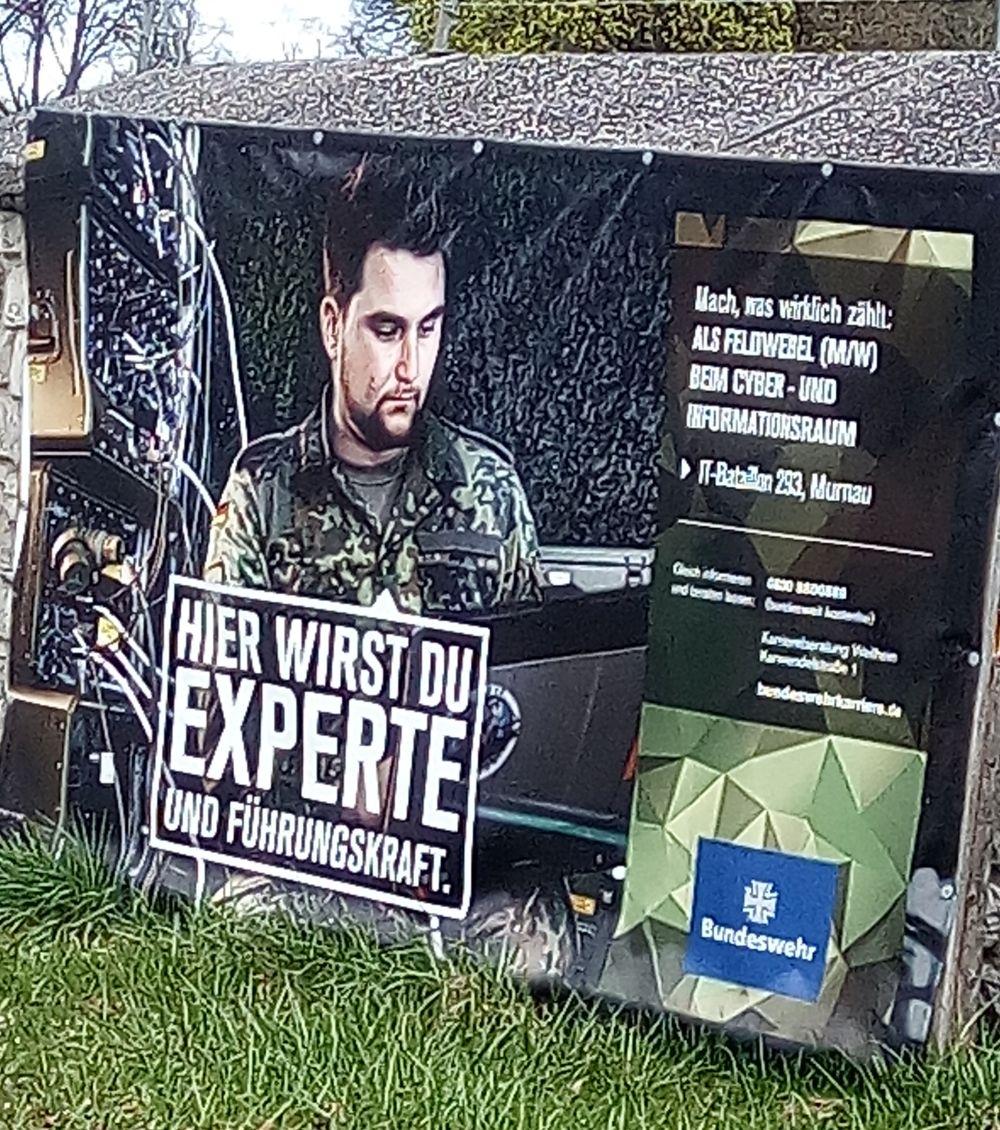 Mach Karriere bei der Bundeswehr. Musst nur ein Kerl sein.