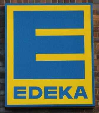 EDEKA. Test mit Mehrwegdosen für Wurst und Käse.