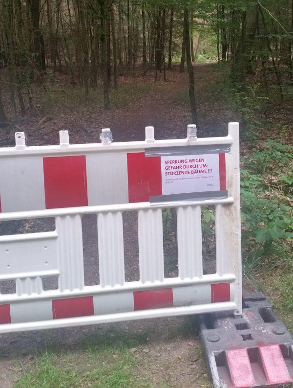 Braared-Bernsche. Zugang gesperrt.