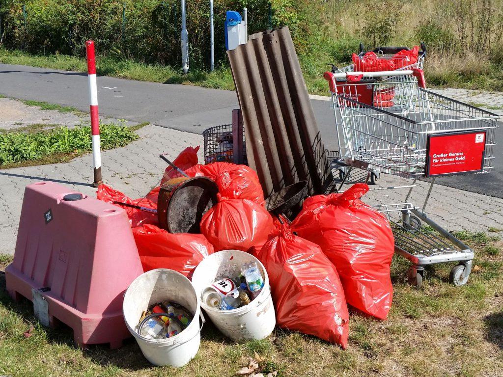 Umweltfreunde Rödermark. Sammelaktion.