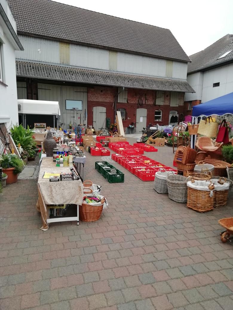 Dorfflohmarkt in Uttershausen.